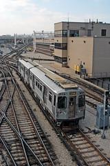 Chicago CTA - Yellow Line - Howard Station - CTA 3200 series 3447 (David Pirmann) Tags: cta chicago elevated subway train railroad transit rapidtransit yellowline cta3200series howardstation