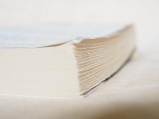 Pocket Book Books Read Pages Rough Cut - Buch Bücher Buchschnitt Vorderschnitt Buchrücken ©