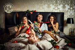 NO HANGOVER office and bed  2017-01-20 (tine_stone) Tags: ad apotheker ausgehen canon felix jassi keinhangover munar nohangover sandra werbung bed drinks indoor lifestyle office onlocation party people pulver tinefoto klagenfurtamwörthersee kärnten|carinthia austria