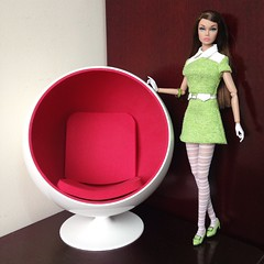 The Ball Chair (duckhoa_le) Tags: poppy parker fashion royalty integrity toys barbie doll dolls chair mod london 1960s 60s ball eero aarnio red green fair 2017 collection swinging popster sign times misty hollows sunny slicker british invasion