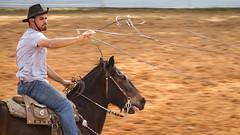 Jogando o laço (Ars Clicandi) Tags: brazil brasil parana jaboti prova do laço comprido peao peão boiadero boiadeiro cowboy paraná br