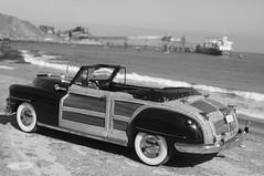1948 Chrysler Town & Country convertible diecast 1:24 made by Danbury Mint (rigavimon) Tags: diecast miniaturas 124 chrysler 1948 antofagasta blancoynegro blackwhite