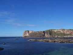 Neave Island, Skerray, Sutherland, August 2017 (allanmaciver) Tags: neave island skerray rocks cliffs caves remote scottish north coast sutherland water shades blue clear allanmaciver
