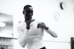 Le shadow boxing  II (johann walter bantz) Tags: 85mm nikond4s monochrome blackwhite documentaire documentary sport sportsphotography sportler boxe fitness shadowboxing boxclub boxing banlieueparisienne 93 pantin france
