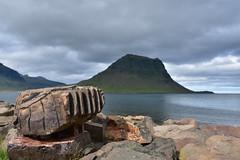 Kirkjufell - Grundarfjörður. (Árni Gudjon) Tags: kirkjufell grundarfjörður sjór fjall steinar mountain rock sea