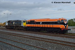 073 and 086 at Limerick Junction, 29/8/17 (hurricanemk1c) Tags: railways railway train trains irish rail irishrail iarnród éireann iarnródéireann 2017 generalmotors gm emd 071 limerickjunction 073 086