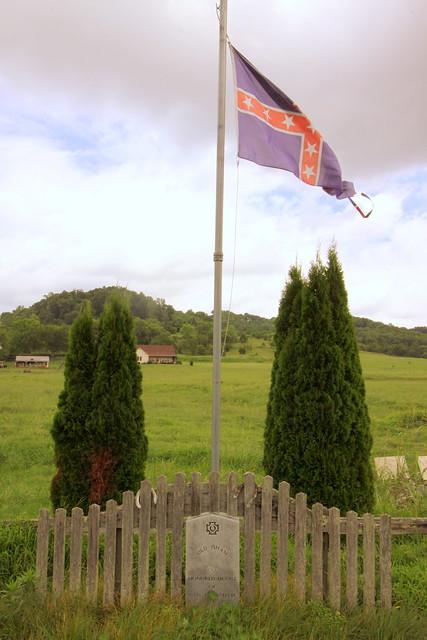 Grave of Old Isham, Confederate War Horse