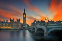 Big Ben red sunset (Bernhard Sitzwohl) Tags: london sehenswürdigkeiten sonnenuntergang bigben sunset red westminster westminsterbridge sight landmark leefilter outdoor cityscape skyline
