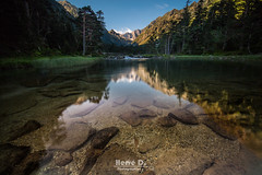 Gave de Gaube (Hervé D.) Tags: pyrénées pirineos gaube lac lake cauterets pontdespagne montagne mountain reflet reflection miroir mirror