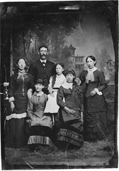 1885 or so - children of James & Mary Bates