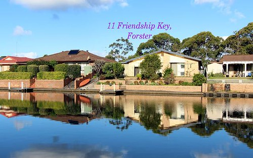 11 Friendship Key, Forster NSW