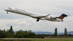 Bombardier CRJ-900 D-ACNN Lufthansa Regional (CityLine) (William Musculus) Tags: basel mulhouse airport euroairport freiburg aéroport lfsb eap bsl mlh bombardier crj900 dacnn lufthansa regional cityline