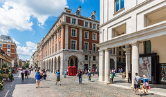 Covent Garden, London (PhredKH) Tags: canon canoneos canonphotography fredkh iconic iconicbuilding london photosbyphredkh phredkh streetsoflondon cityoflondon outdoorphotography outdoors ef1635mmf4lisusm canoneos5dmarkiii 1635mm splendid canoneos5dmkiii