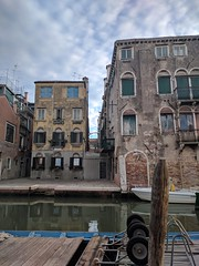 Clouds above - Venice, Italy (ashabot) Tags: clouds afternoon venice veniceitaly canals