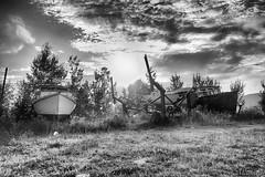 170829-40 Vieux bateau (clamato39) Tags: îleauxcoudres provincedequébec québec canada boat bateau noiretblanc blackandwhite bw monochrome ciel sky clouds nuages
