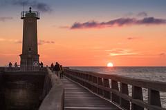 Retour en Normandie (amateur72) Tags: fujifilm normandie paysdecaux coucherdesoleil mer phare plage xt1 fécamp