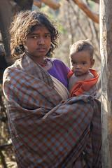 Maikal hills - Chhattisgarh - India (wietsej) Tags: maikal hills chhattisgarh india baiga mother child portrait sony a100 zeiss sal135f18z 13518 sonnar13518za wietse jongsma bhoramdeo