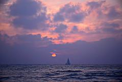 Horizon (Roi.C) Tags: sun clouds sea nature sunset seascape landscape season boat mediterraneansea outdoor nikkor nikond5300 nikon sky water ngc hdr cloudscape sunrise 2017
