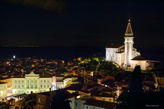 Piran (Laszlo Horvath.) Tags: light slovenia szlovénia city town europa old night