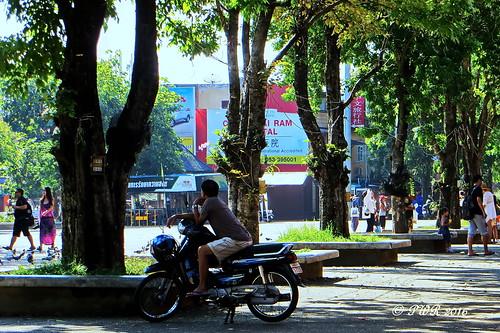 Thapae Gate.