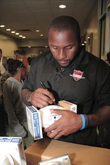 "thomas-davis-defending-dreams-foundation-thanksgiving-at-lolas-0101 • <a style=""font-size:0.8em;"" href=""http://www.flickr.com/photos/158886553@N02/37042944991/"" target=""_blank"">View on Flickr</a>"
