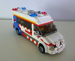 Ambulance Victoria PIPER (2) (Lonnie.96) Tags: lego model brick custom moc design ambulance victoria vic nsw tas royal melbourne hospital sprinter 2017 recent build van vehicle paramedic nurse doctor emergency service siren lights critically ill paediatric infant perinatal retrieval interior