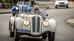 10.Hamburg Berlin Klassik Rallye (petra.foto busy busy busy) Tags: fotopetra canon 5dmarkiii 100400 rallye klassik cars oldtimer hamburgberlin bmw bmw328 prominenz katarinawitt