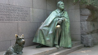 Washington D.C.: Statue of  Franklin Delano Roosevelt   with Fala, his Scottish Terrier