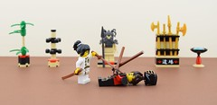 Girl power💪 (Alex THELEGOFAN) Tags: lego legography minifigure minifigures minifig minifigurine minifigs minifigurines dojo nya kai bamboo weapons fight ninjago statue tan black red movie the