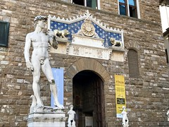 Palazzo Vecchio (travelontheside) Tags: replica italy italia tuscany toscana florence florenceitaly firenze palazzovecchio david statue michelangelo