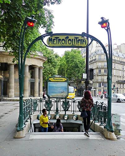 0820a métro Monceau