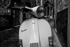 Vespa.... History of Italy!! (Simona e Graziano) Tags: bn bnw blackandwhite blackwhite noireblanc black old city street streetblack streetphoto noir blancoynegro negro blanco bw wb photography photo flickr vespa motor motorcycle oldstyle white mono monocrome fujifilm fuji xt10
