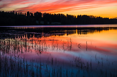 sunset magic (Stefano Rugolo) Tags: stefanorugolo pentax k5 smcpentaxda1855mmf3556alwr lake sunset landscape sky water dusk magic sunsetmagic serene colors blue red reflections pentaxart hälsingland sweden sverige
