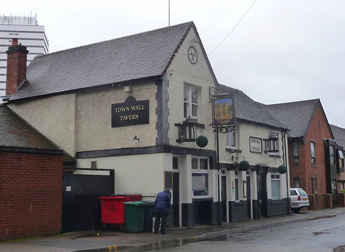 The Town Wall Tavern_Bond Street_Coventry_Aug16