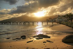 Um Cantinho de Zimbros (Bert'sPhotos) Tags: pordosol pôrdosol zimbros sc praia mar píer beach sunset quartasunset