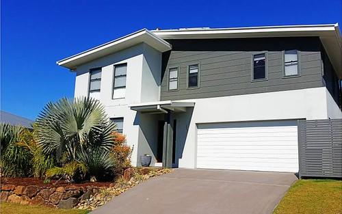 45 Newcastle Drive, Pottsville NSW