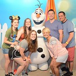 """With Ellie's Family seeing Olaf at Disney World <a style=""""margin-left:10px; font-size:0.8em;"""" href=""""http://www.flickr.com/photos/124699639@N08/36566212935/"""" target=""""_blank"""">@flickr</a>"""