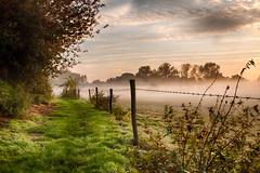 IMG_0584_HDR (JJ_1968) Tags: limburg summer sunshine autumn foggy