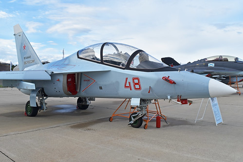 Yakolev Yak-130 'RF-44445 / 48 red'
