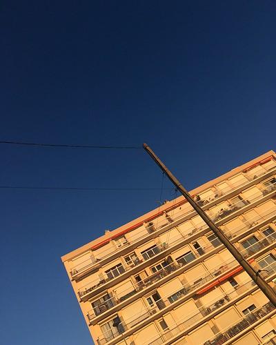 Coucher de soleil sur façade