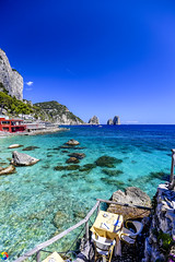 Un paradiso chiamato Capri (monzamarco) Tags: capri faraglioni colori sole spettacolo costiera amalfitana