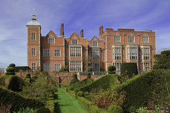 Hatfield House (east façade) (Can Pac Swire) Tags: hatfield hertfordshire herts england english great britain british jacobean style building architecture house 2016aimg1618 al9 stately home