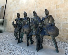 Soldier statues in Fort St Elmo (Linda DV (away)) Tags: lindadevolder lumix travel europe geotagged geomapped 2017 malta island valletta sliema mediterraneansea ribbet