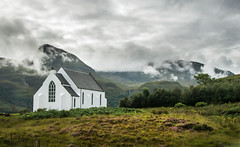 Clouds in the Highlands (Kjeldvdh) Tags: scotland highlands heide heath clouds mountain range travel summer balanced green purple chapel religion landscape landschaft landschap church uk vk bush brush nature natuur natur
