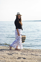 black button down, bohemian maxi skirt, kayu pinata tote-3.jpg (LyddieGal) Tags: swap beach blackandwhite fashion jcrew maxi outfit panamahat style summer thrifted wardrobe weekendstyle white