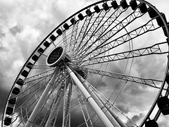 Ferris Wheel (Jenny Onsager) Tags: ferriswheel wheel chicago navypier blackandwhite clouds circle chitown