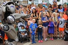 FUNK6687 (Graham Ó Síodhacháin) Tags: broadstairswatergala 2017 broadstairs watergala titantherobot creativecommons