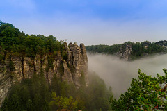 Nebel an der Bastei (oʇ[◎]ɥd | ʍɟɐ) Tags: hdr sächsischeschweiz verschiedenes landschaft bastei elbsandsteingebirge saxony germany deutschland landscape sachsen lohmen de