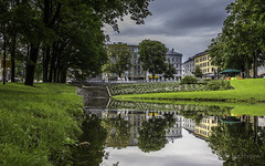 Reflection (Hattrem72) Tags: 6d canon oslo norway river reflection city color cloud contrast sky shadow green trees