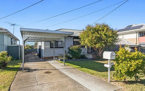 17 Hatfield Road, Canley Heights NSW